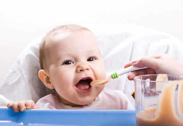 Anne Sütü Almayan Bebeklerde Beslenme
